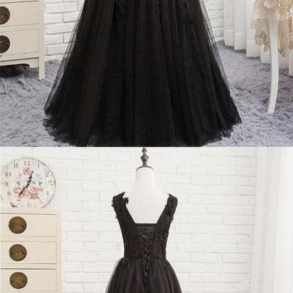 Black V-Necl Lace Formal Evening Dr..