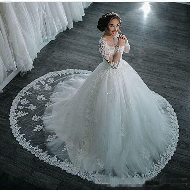 Luxury Lace Appliqued Beaded Bridal Wedding Dresses With Gorgeous ...