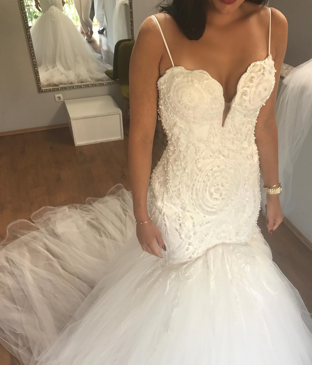 4c667343db7 Luxury White Mermaid Wedding Dresses Spaghetti Straps Robe De Mariage  Country Wedding Gowns Pearls Heavy 2018 BlingBling Sexy Sweep Train Bridal  Gowns Tulle ...