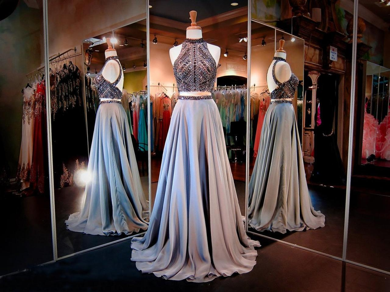 A-Line Prom Dresses Women's Halter Crystals Sequins Beaded Open Back Two Pieces Long Prom Dress Party Dresses,2018 Sparkly Crystal Long Evening Dress, Long Graduation Gowns