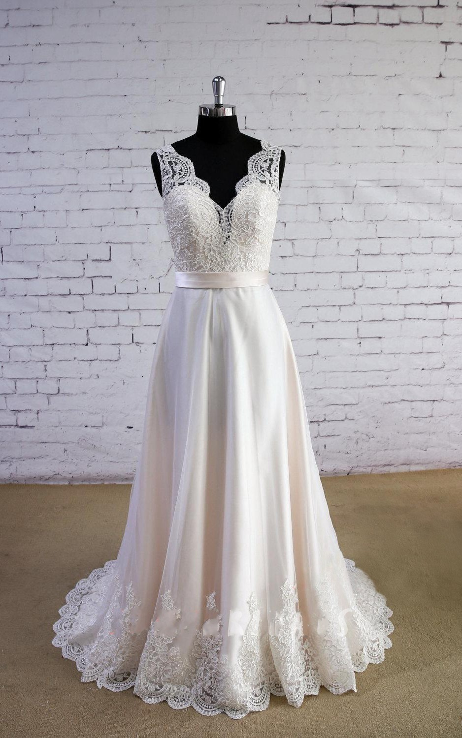 2018 White Wedding Dress, Off Shoulder China Wedding Dress , A Line Wedding  Gowns , Plus Size Summer Wedding Gowns , Lace China Wedding Dress