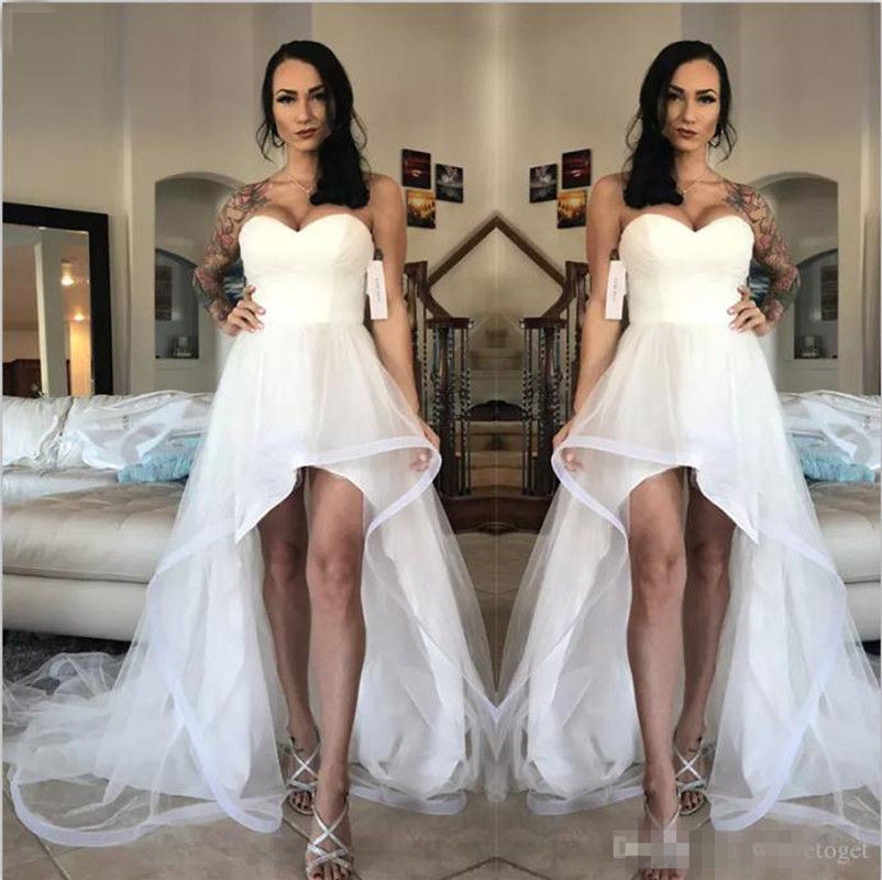 2018New Arrival White High Low Wedding Dresses Beach Wedding Gowns ,Plus  Size Bridal Gowns ,Simple Wedding Gowns ,Custom Made Women Gowns Party.