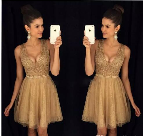 2018 Newest Deep V-neck Mini Short Homecoming Party Dresses Beaded Crystals Zipper Back Tulle Cocktail Dresses Special Occasion Dresses,Mini Cocktail Gowns .