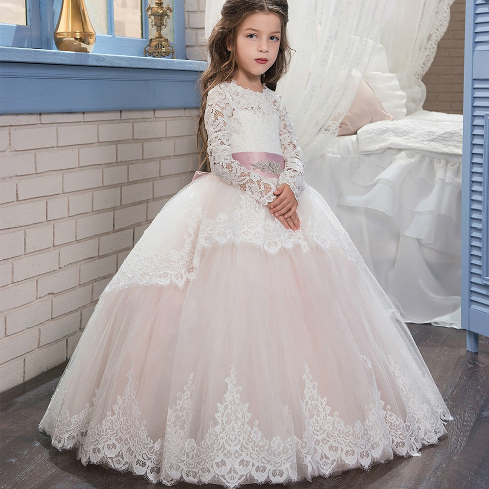 2018 New Arrival Full Long Lace Flower Girls Dresses Wedding Flower Gowns Lace Child Gowns Pricess Childen Gowns Girls Pageant Gowns Wedding Kids