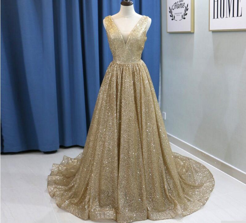 6d4d83a7f55 Shiny Champagne Gold Sequin Long Prom Dress A Line Arabic Dubai Formal  Evening Dress V-Neck Wedding Prom Gowns