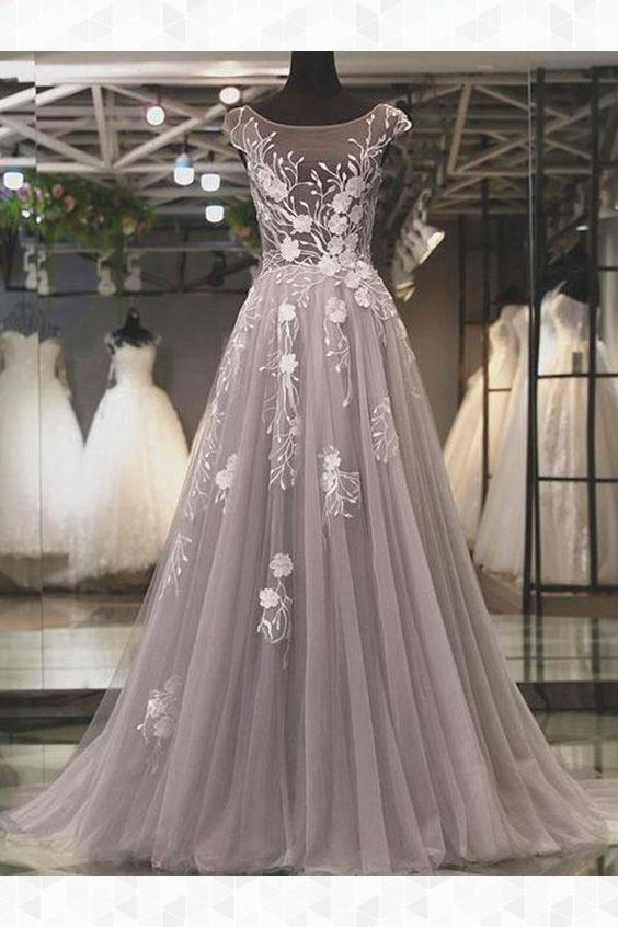 New Arrival Silver Tulle Scoop Neck Long Prom Dresses 2020 Lace Appliqued Formal Evening Dress ,Cheap Prom Party Gowns