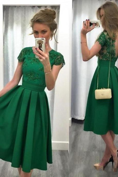 Charming Green Satin Short Homecoming Dresses With Caped Sleeve Lace Short Prom Dress Satin Tea Length Belt Girls Party Gowns Sexy Backless Prom Gowns