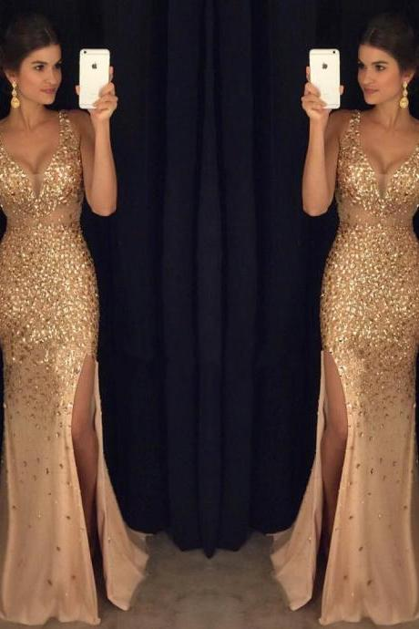 Luxury Gold Crystal Long Prom Dresses Sexy Paghetti Straps Arabic Evening Dresses Side Slit Women Formal Dresses Plus Size Pageant Gowns Sheer Neck Prom Gowns
