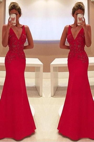 Red Prom Dresses,Charming Evening Dress,Prom Gowns,Lace Prom Dresses,2018 New Prom Gowns,Red Evening Gown,Backless Party Dresses,Plus Size V Neck Red Lace Dress Evening