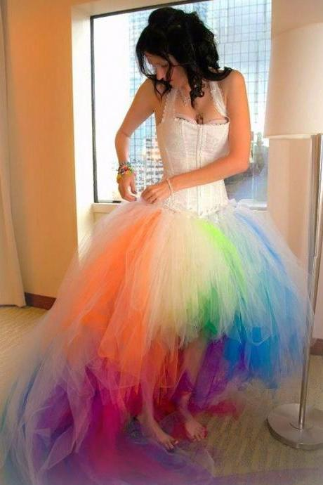 Colorful Halter Women Dresses High Low Wedding Dresses Sexy Gown 2018 Short Front Long Back Tulle Bridal Dresses Plus Size Arabic Wedding Gowns Custom Made