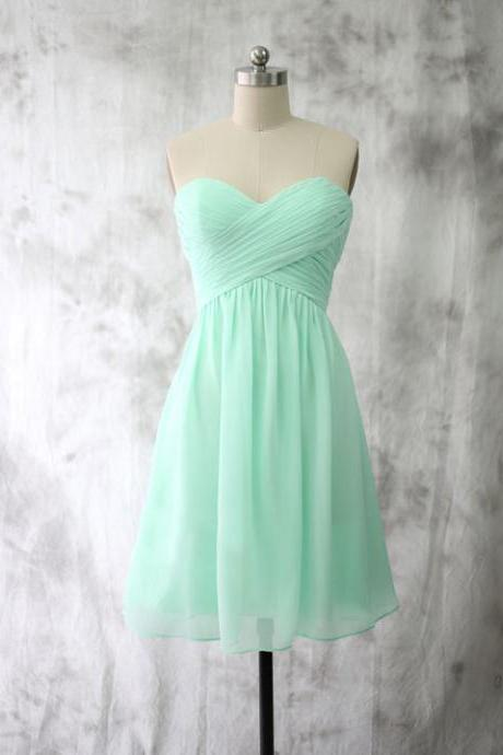 Cheap Short Empire Sweetheart Mint Green Bridesmaid Dresses 2018 New Arrival Ruffle Chiffon Short Party Gowns Plus Size Bridesmaids Dress ,