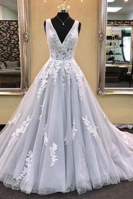 Ball Gown V-neck Sleeveless Long Tulle Prom Gown with Lace Appliques,Cheap Prom Dresses,2018 Wedding Party Dresses,Custom Made Women Pageant Gowns