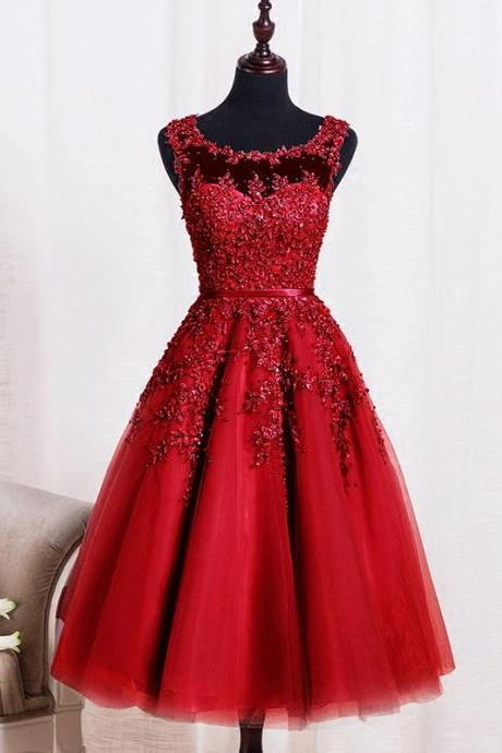 New Arrival Scoop Short Prom Dresses Burgundy Lace Apppliqued Girls Party Gowns , A Line Evening Dress, Short Cocktail Dress, Homecoming Dress, Plus Size Prom Gowns