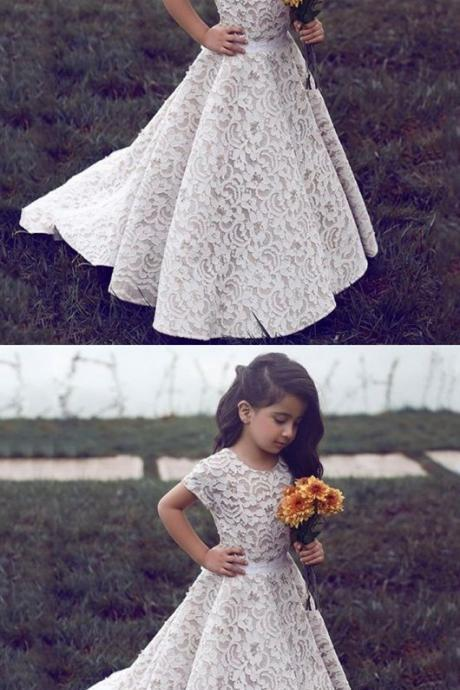 A-Line Jewel Short Sleeves Sweep Train Ivory Lace Flower Girl Dress,2018 Custom Made Wedding Little Girls Dress, Short Sleeve Lace Flower Girls Gowns ,Pricess Girls Pageant Gowns