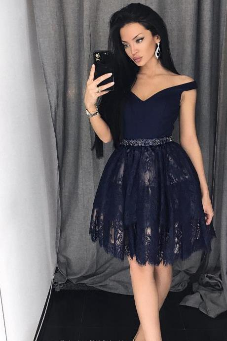 Short Off-Shoulder Homecoming Dress,Lace Semi-Formal Party Gown,2018 Beaded Prom Gowns .Navy Blue Lace Prom Dresses Short , 2018 Plus Size Women Party Gowns .Wedding Guest Gowns