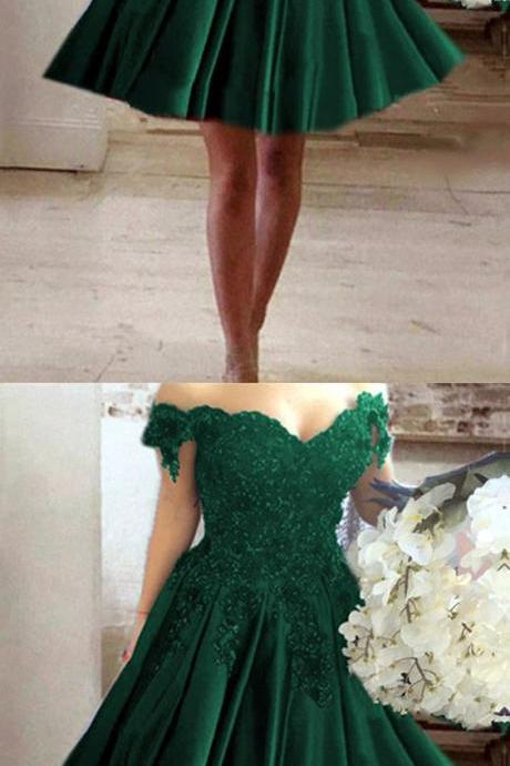 A-line V-neck Off Shoulder Lace Flower Beaded Prom Short Dresses For Homecoming,2018 Green Cocktail Dresses, Short Wedding Party Gowns , A Line Women PARTY GOWNS .