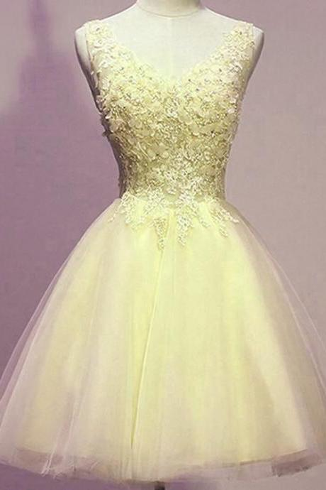 Light Yellow Party Dress, Short Homecoming Dresses, Yellow Short Prom Dress 2018,Short Cocktail Gowns .Yellow Short Party Dresses, Graduation Dress Short ,Plus Size Women Gowns .