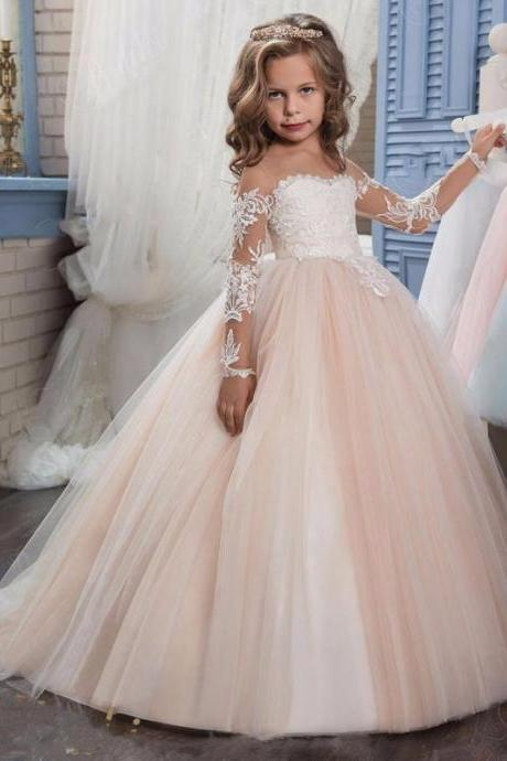 2018 New Arrival Long Sleeve Lace Flower Girls Dresses,Wedding Flower Gowns , Sexy Tulle Flower Girls Dresses.Lace Child Gowns .Pricess Childen Gowns .Girls Pageant Gowns .Wedding Kids Gowns .Cheap Flower Gowns
