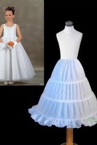 New White Children Petticoat 2018 A-line 3 Hoops Kids Crinoline Bridal Underskirt Wedding Accessories For Flower Girl Dress ,Beauty Girls Petticoate .