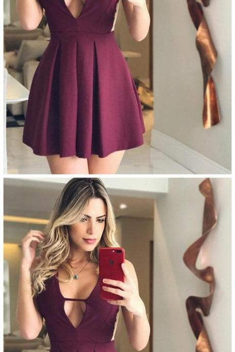 Short Burgundy Homecoming Dress with Ruched, Short V-Neck Prom Dress, Simple Party Dress for Girls,Sexy Women Gowns, Mini Party Gowns .