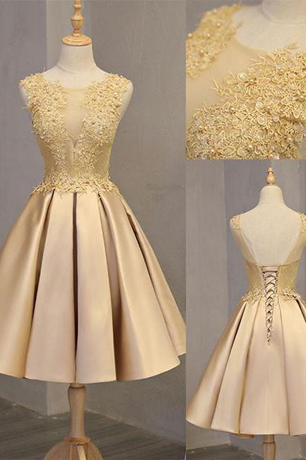 Sexy Backless Gold Lace Short Prom Dress With Appliqued Fashion Women Mini Cocktail Party Gowns ,2019 Short Cocktail Gowns