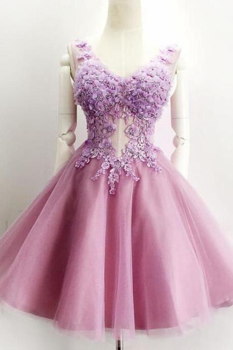 Fashion Purple Lace Short Homecoming Dress A Line V-Neck Lace Prom Dress Custom Made Party Gowns
