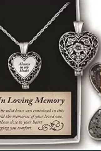 in my heart Auspicious jewelry animal paw print pet box heart pendant funeral jewelry ashes souvenir necklace ashes