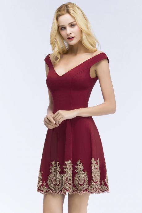 Strapless Burgundy Short Homecoming Dress With Lace Appliqued Mini Junior Party Dress Custom Made Women Cocktail Dress