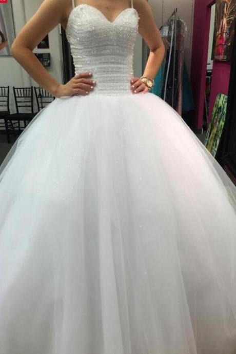 Charming Beaded Crystal A Line Wedding Dresses White Tulle China Wedding Gowns , Sexy Party Gowns , Wedding Guest Gowns 2020