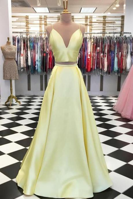 Cheap Two Pieces Long Prom Dresses Custom Made Prom Party Gowns ,Simple Women Gowns , Wedding Party Gowns 2020