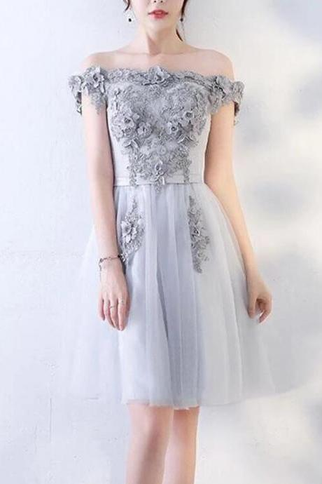 Off Shoulder Silver Tulle Lace Homecoming Dress For Teens Custom Made Short Cocktail PARTY gOWNS ,Junior Party Gowns