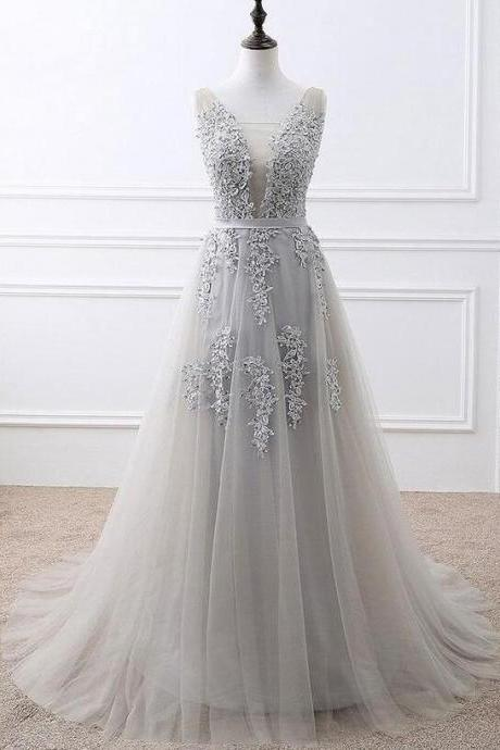 Plus Size Silver Lace Appliqued Long Prom Dresses A Line Women Party Gowns ,Long Evening Gowns 2020
