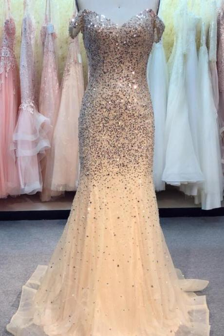 Luxury Beaded Crystal Tulle Light Champagne Mermaid Prom Dress Scoop Neck Women Pageant Gowns Plus Size Formal Evening Party Gowns ,Cheap Pageant Gowns 2020