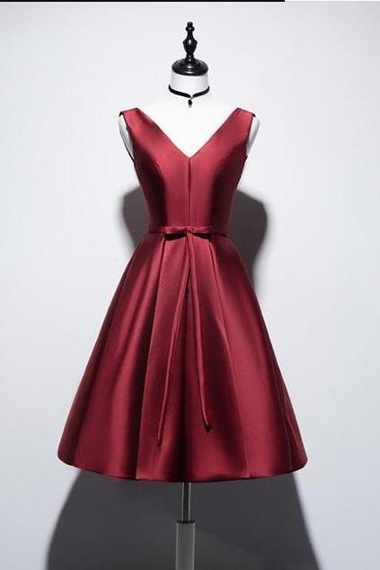 Sexy Burgundy Satin Short Homecoming Dresses A Line mINI Party Gowns Custom Made Cocktail Gowns Short 2020
