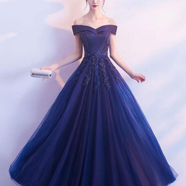 2018 New Arrival Satin Long Prom Dresses Royal Blue Lace Evening Dresses, Custom Made Wedding Party Gowns , Pageant Gowns , Plus Size Women Gowns