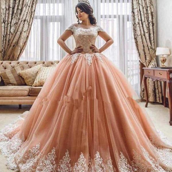 Lace Tulle Ball Gown Quinceanera Dresses 2018 Plus Size Lace Long Prom Dresses Plus Size Ball Gowns Wedding Dresses, Custom Made Quinceanera Gowns ,Formal Gowns