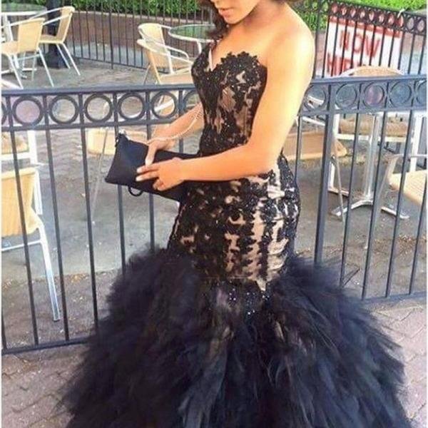 Plus Size Mermaid Prom Dresses Beaded Black Applique Tulle Formal Evening Gowns 2018 Off Shoulder Black Lace Appliqued Prom Dresses Custom Made Prom Wedding Gowns