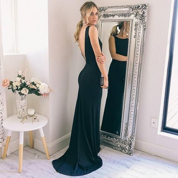 Low V Back Long Mermaid Evening Dress ,Simple Maxi Gown, 2018 Sexy Back Open Women Party Gowns ,Women Pageant Gowns ,Custom Made Women Gowns .