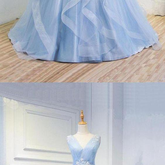 New Arrival Light Blue Organza Ball Gown Prom Dress,Custom Made Prom Party Gowns , Sexy V-Neck Quinceanera Dress For 16 Years