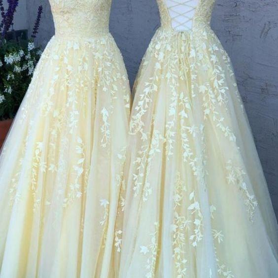 Sexy A Line Light Yellow Backless Formal Party Gowns , Long Prom Dress, Yellow Lace Evening Party gowns ,Cheap Party Gowns 2020